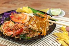 Stir fried Seaweed glass line with Shrimp (Pad Thai) - stock photo