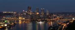 Pittsburgh Skyline sunset twilight Kuvituskuvat