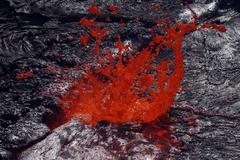 Erta Ale fountaining lava lake, Danakil Depression, Ethiopia. Kuvituskuvat