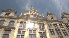 CLOSE UP: Stunning detailed gold ornamented facade of Guildhalls, Brussels Stock Footage