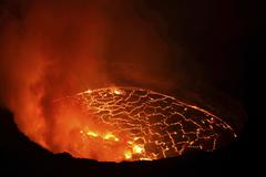 Lava lake in pit crater, Nyiragongo Volcano, Democratic Republic of Congo. Stock Photos