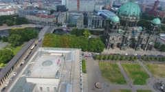 Berliner Dom from the air. Cathedral gardens and city homes Stock Footage