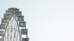 Ferris wheel gyrating Stock Footage