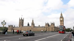 LONDON – Westminster Bridge traffic. Traffic is a major issue in Stock Footage