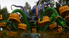Dizzy Octopus cabin rotates with the people around you Stock Footage