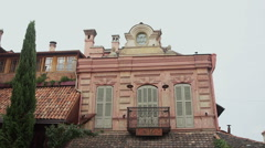 Beautiful old house in the streets of Tbilisi. Stock Footage