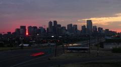 Denver Skyline at Dawn with Traffic Timelapse Arkistovideo