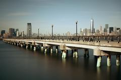 Manhattan downtown skyline bridge Stock Photos