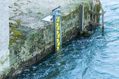 Water level indicator in the Ruhr Stock Photos