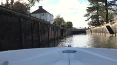 POV boat entering a lock on the River Thames Stock Footage