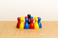 Concept bright leader, leadership and adoration circle pawns Stock Photos