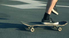 Skateboarding extreme teenage Stock Footage