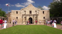 Tourists Visiting The Historic Alamo in San Antonio, Texas (people blurred) Stock Footage