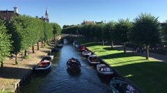 Lindengracht with boats Stock Footage