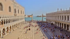 Time lapse of Locals and tourist at Piazza San Marco, the principal public squar Stock Footage