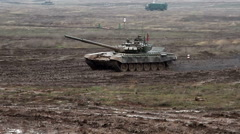 Military tank biathlon competition Stock Footage
