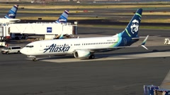 4K Alaska Airlines airplane, new colors Stock Footage