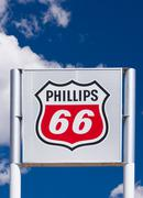 Phillips 66 Gas Station Sign and Logo Stock Photos