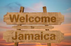 Welcome to Jamaica sign on wood background Kuvituskuvat