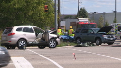 Car crash and accident scene in city intersection Arkistovideo