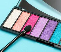 Eye Shadow Brush Meaning Colorful Eyeshadow And Make-Up Stock Photos