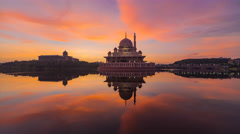 Colorful Sunrise Time Lapse over Putra Mosque with reflection Stock Footage