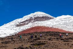 Climbers ascend to the refuge of Cotopaxi Stock Photos