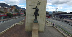 Raising up in front of the Heroes monument in Bogota Stock Footage