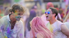 Happy friends enjoying positive atmosphere at festival, shaking heads, clapping Stock Footage