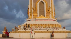 Woman praying at Chao Anouvong statue,Vientiane,Laos Stock Footage