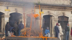 Hindu cremation at Pashupatinath temple,Kathmandu,Nepal Stock Footage