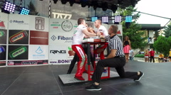 Armfight arm wrestling fight Stock Footage