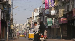 Traffic through Laad bazaar,Hyderabad,India Stock Footage