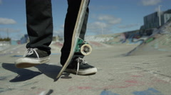 Close up skate push off in skatepark Stock Footage