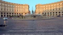 Piazza della Repubblica with unidentified people in Rome Stock Footage