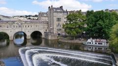 Pulteney Bridge and River Avon, Bath,UK Stock Footage