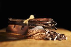 Vanilla pods and chocolate Stock Photos