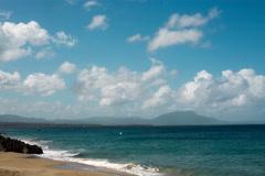 Idillic beach and tropical sea taymlaps Stock Footage
