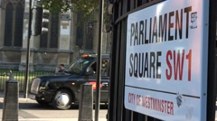 Parliament square street sign Stock Footage
