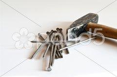 Hammer und Nägel Stock Photos