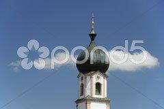 Bayern Kirche weiß-blau bayerischer Himmel Stock Photos