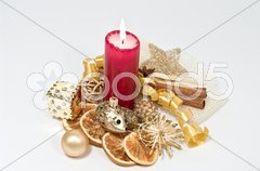 Adventsdekoration mit Kerze Stock Photos