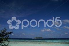 Variationen von Blau auf den Malediven Stock Photos