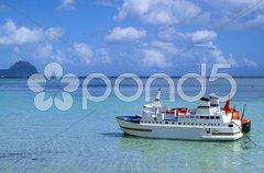 Miniaturschiffe an der Westküste von Mauritius Stock Photos
