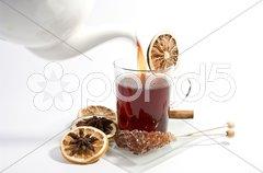 Tee eingießen Stock Photos