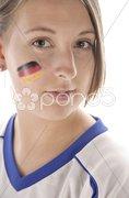 Weiblicher Fußaball Fan mit Ball Stock Photos