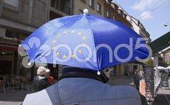 Europafahne vor Strassburger Münster Stock Photos