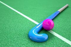 Hockey Stick And Ball Piirros