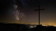 4K Time Lapse Milky Way Summit Cross Stock Footage