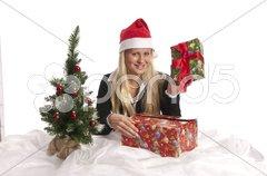 Junge Frau mit Geschenken, Weihnachten Stock Photos
